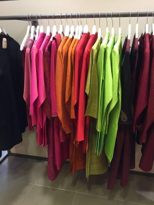 india-store-interior-07